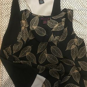 Pair of wrinkle-free relaxed tank tops